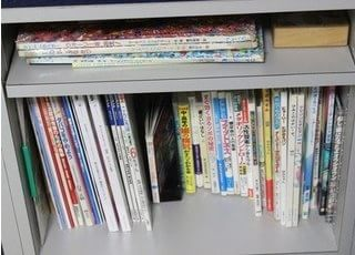 各種書籍も用意しております。