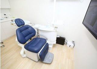 診療チェアはお体に負担のかからないつくりのものを導入しています。