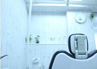 小宮歯科医院_患者さまのためによい入れ歯をお作りしている