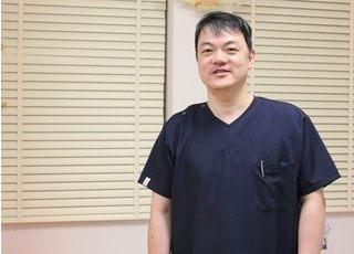 院長です。橋本歯科は笑顔があふれる歯科医院を目指します。