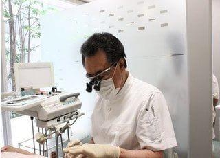 杉山デンタルクリニック 先生 歯科医師 男性