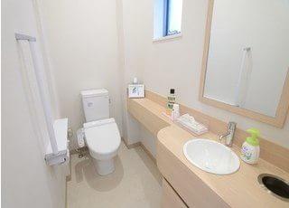 お手洗いです。常に高い清潔度を保てるよう、心がけています。