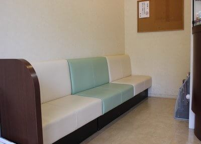 待合室です。こちらでお待ちください。