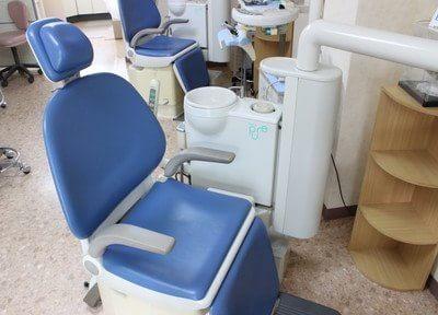 清潔感のある診療チェアです。