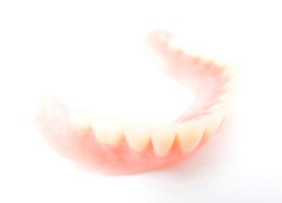 熊谷駅ビル歯科医院 入れ歯・義歯