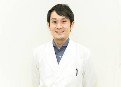 口腔外科やインプラント、再生医療専門医の田島 暢崇です。