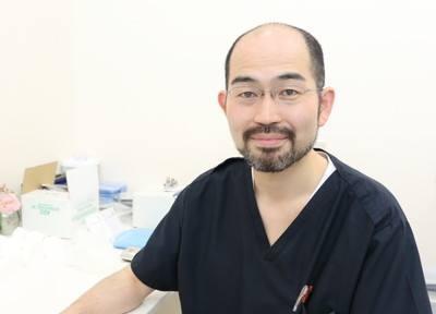 院長の八幡です。日本歯周病学会専門医指導医です。