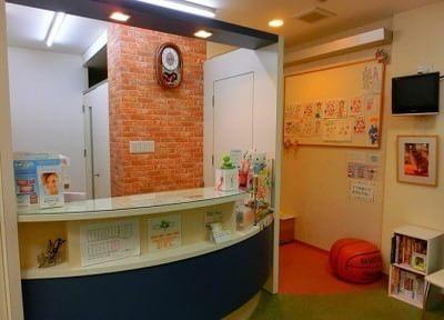 待合室にはお子さまに大人気のキッズスペースもあります。おくつろぎください。