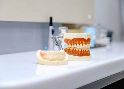 Q.今お使いの入れ歯の調整をしてもらうことは可能ですか?