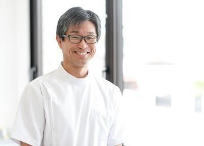 院長の花田先生です。患者様の大切な歯をお守りするお手伝いをさせて頂きます。
