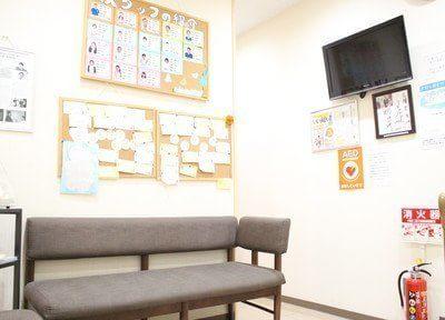 診療室です。各診療ユニットにモニター画面を設置しています。