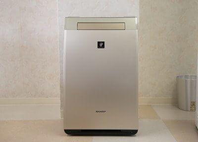 空気清浄器を設置しています。
