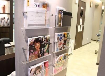 雑誌などのご用意もあるのでご利用ください。