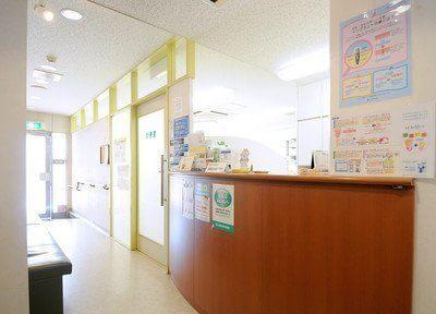 受付です。鈴木歯科医院のスタッフがお迎えします。