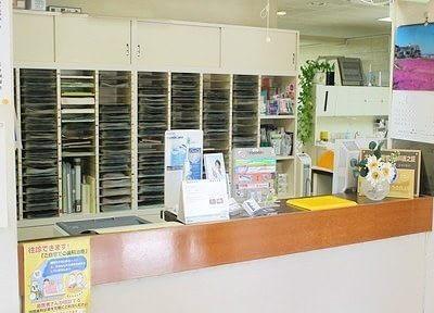 受付には、おすすめの歯科用品を置いています。お求めの方はスタッフまでお声掛けください。