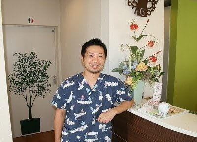 院長の大矢 謙吉(オオヤ ケンキチ)です。皆様一人一人のお口の健康を全力でサポートします。