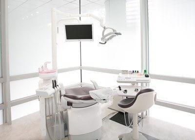 診察室です。一台一台区切られているので、プライバシーが気になる方でも安心です。