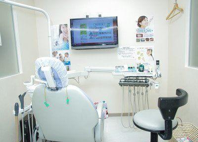 診療台です。患者様と二人三脚で、治療を進めさせて頂きます。