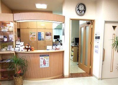 院内受付です。笑顔でスタッフがお迎え致します。