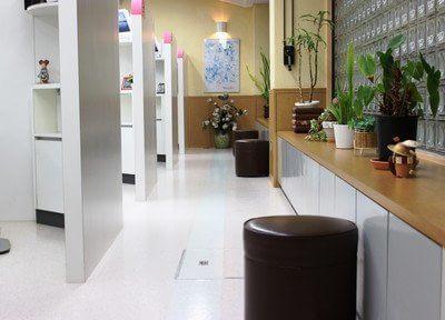 待合スペースです。診療室の前でお待ちいただけます。