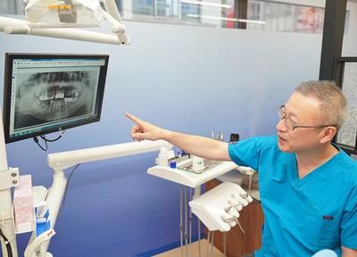 歯周病治療を得意とする院長が診療しています