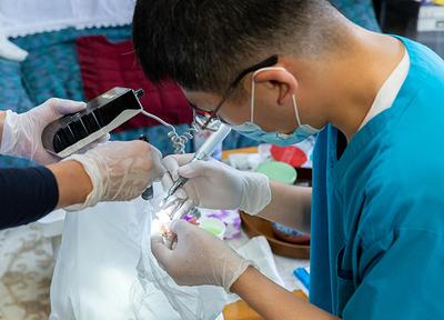 歯科医院で行う診療と、同等の治療環境を