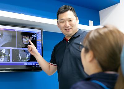 極力メタルフリーの素材を使用して治療を行っております