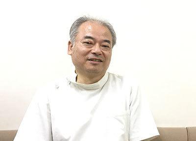 院長の小寺 健之です。当院では、患者様の歯の悩みに合わせて幅広い治療を行っております。
