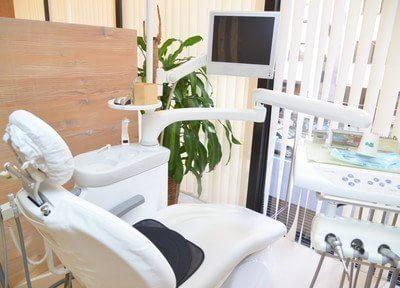 診療台です。患者様に優しい歯科医療を心がけております。