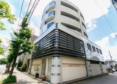 外観です。元田中駅から徒歩13分の場所に位置しています。