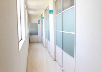 全ての診療室は入口が別になっています。