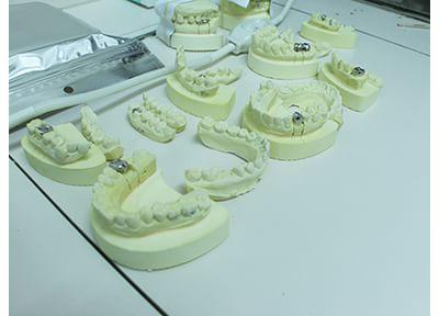 鈴木歯科医院 入れ歯・義歯