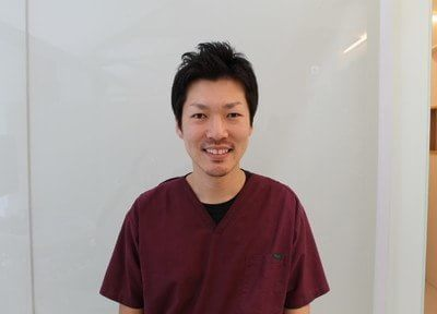 神戸中山手歯科の副院長です。