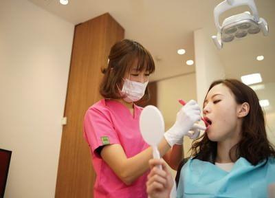 患者さまの口腔内の環境に合わせた歯みがきの方法をお伝えします