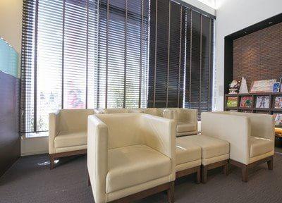 待合室にはキッズスペースもありますのでお子様連れの方も安心してご来院ください。