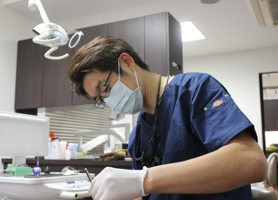 削りすぎない治療を実現する、マイクロスコープ(歯科用顕微鏡)を導入!