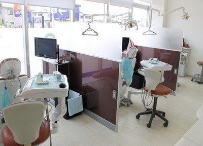 半個室の診療室です。他の患者様の視線が気になりません。