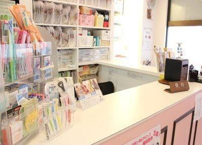 受付ではおすすめの歯科用品を販売しています。