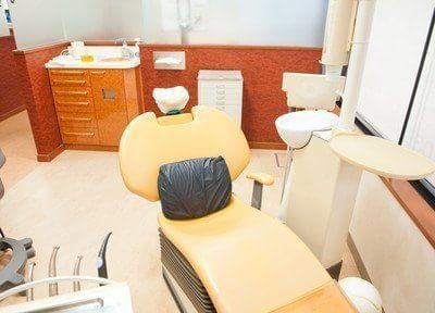 診療チェアです。衛生面にもしっかりと配慮しておりますので、安心して治療を受けていただけます。