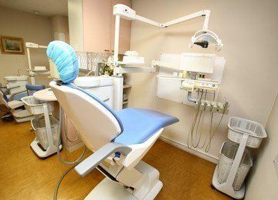 診察チェアです。患者様に合わせて治療を行います。