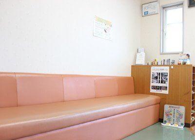 待合室には、雑誌やテレビをご用意いたしております。