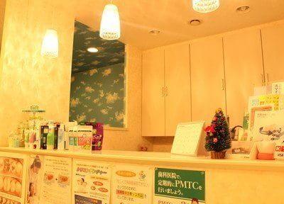 下祇園駅前歯科のスタッフが親切に応対いたします。ご不明なこと、疑問点など何なりとお聞きください。