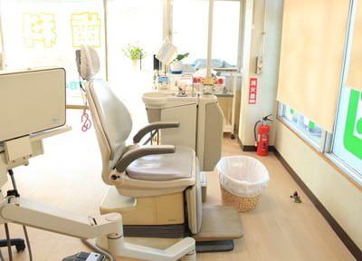 診療室は広々としたスペースです。