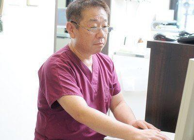 院長の船岡勝博は、患者様のお声を聞き、痛みを抑えた治療を心がけております。