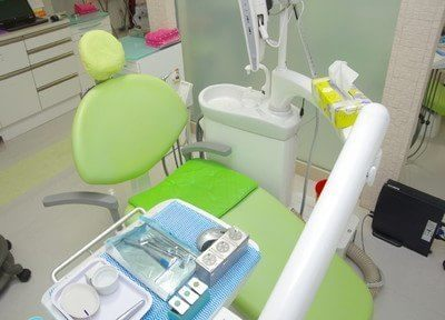 診療チェアには、患者様が快適に治療できるようにティッシュを置いています。