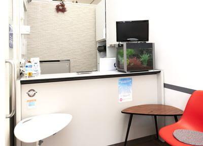 矯正治療が終わった患者さまに限り、当院でオフィスホワイトニングを行っています