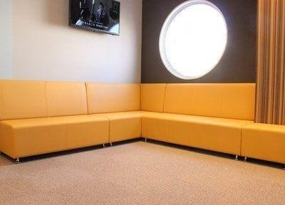 待合室です。広々とした待合室で、ゆったりとお待ち下さい。