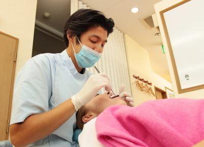 ご自宅で空いた時間に歯を白くすることのできるホームホワイトニングに対応しています
