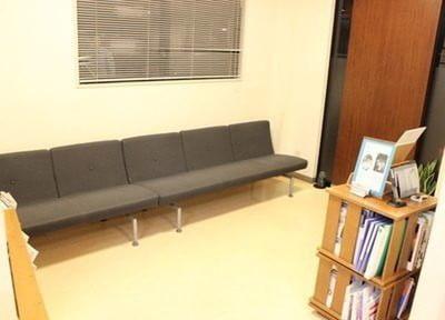 待合スペースです。リラックスしてお待ちください。