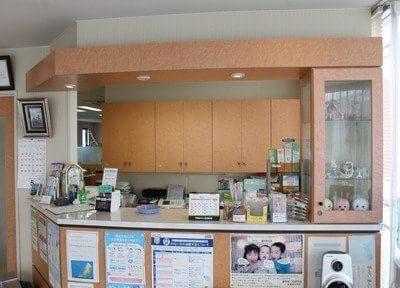 斎藤歯科医院の受付です。ご来院されましたら受付までお越しください。